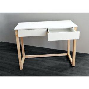 białe biurka dla młodzieży
